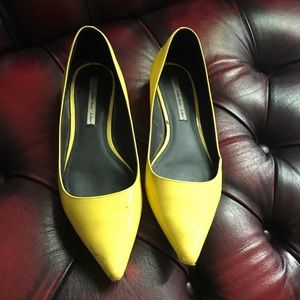 & Other Stories patent yellow pointed flats size 9